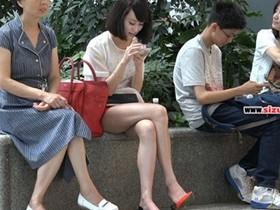 丝袜脚踩高跟鞋,踩出时尚,穿出自己的魅力光芒!气质大增!