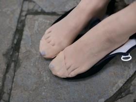"""盘点""""美人脚""""的4个特点,快来看看自己的脚占了几点!"""