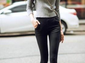 街拍: 穿着如此性感紧身牛仔裤, 怪不得你眼睛不疲劳