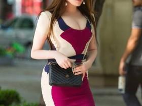 魔镜街拍:穿着简约露背装的小姐姐,气质高雅吸引人