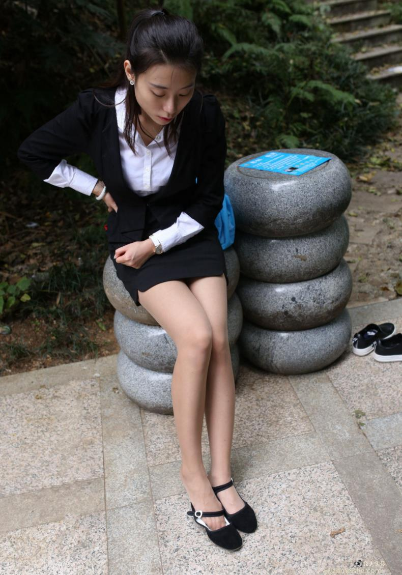 【百度云盘专享】精品学生校花大西瓜爱牙膏女神套图【179GB】